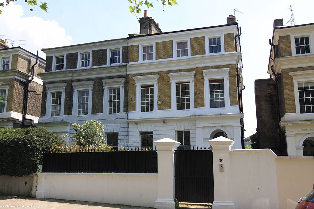 Amy Winehouse Camden Home Goes On Sale Ldnfashion